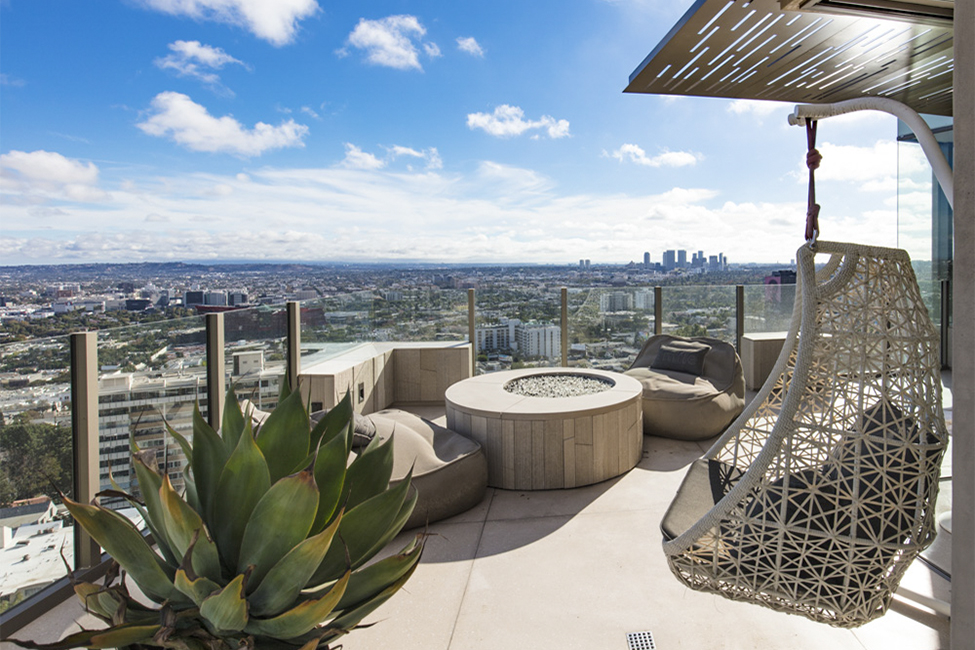 Hollywood Hills Balcony Patio